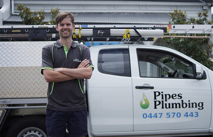 Pipes Plumbing Tells Us How Mobile Invoices and Payments Have Changed the Game for Tradespeople