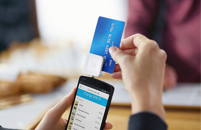 All the Things You Can Do With a Mobile Card Reader and POS